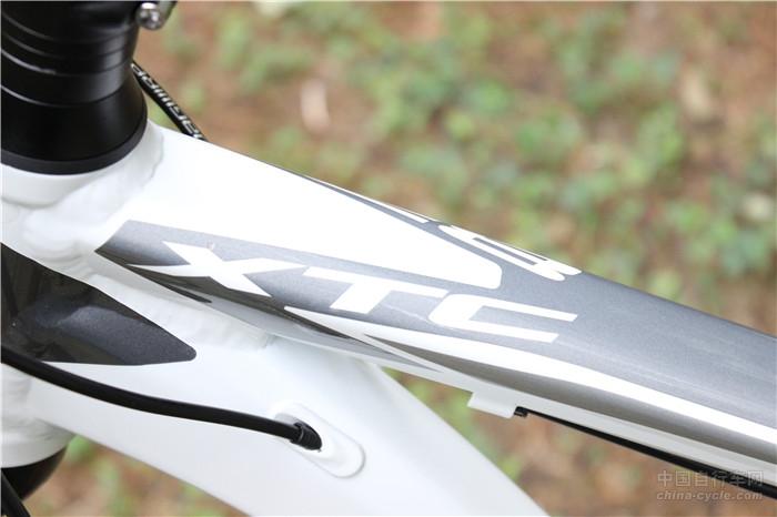 2016 捷安特XTC800 山地车配置价格及性能评测